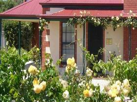 Wine And Roses Bed And Breakfast - Nambucca Heads Accommodation