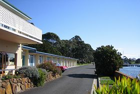 Waterfront Wynyard - The - Nambucca Heads Accommodation