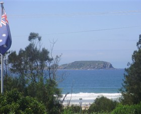 Unit Two Island View - Nambucca Heads Accommodation