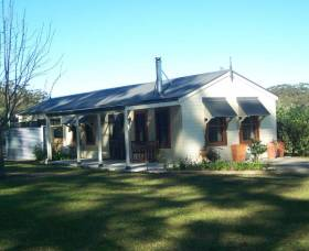 Hillcrest Cottage - Nambucca Heads Accommodation
