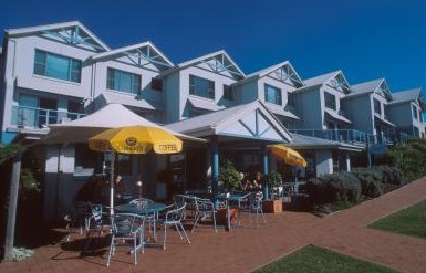 Breakers Apartments Mollymook - Nambucca Heads Accommodation