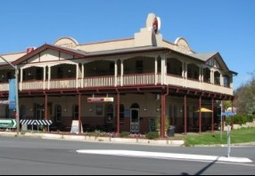 The Royal Hotel Adelong - Nambucca Heads Accommodation