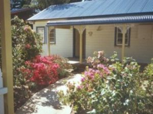 AppleBlossom Cottage - Nambucca Heads Accommodation