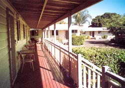 Bottle Tree Gardens Motel - Nambucca Heads Accommodation