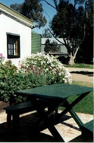 Dunalan Host Farm Cottage - Nambucca Heads Accommodation