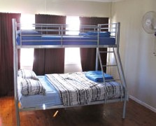 Surf N Sun Beachside Backpackers - Nambucca Heads Accommodation
