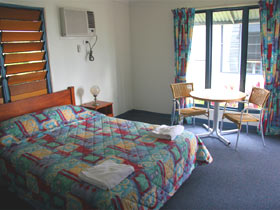 Sleepy Lagoon Hotel Motel - Nambucca Heads Accommodation