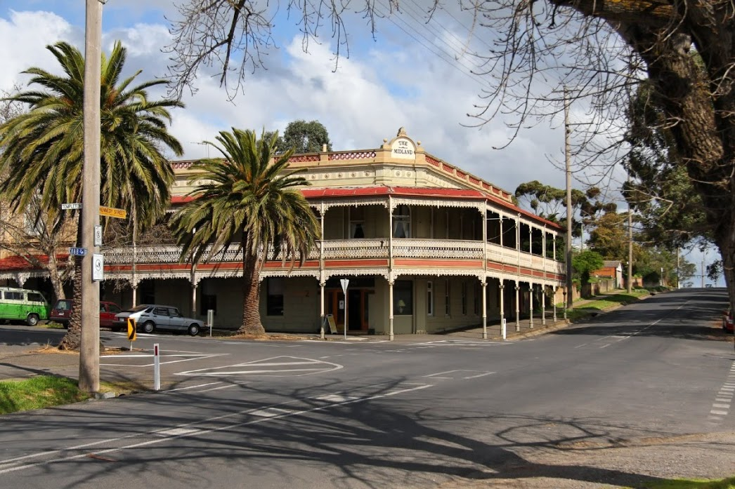 The Midland Hotel Castlemaine - Nambucca Heads Accommodation