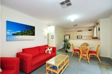 Beaches Serviced Apartments - Nambucca Heads Accommodation