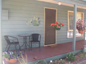 Waterfall Cottage - Nambucca Heads Accommodation