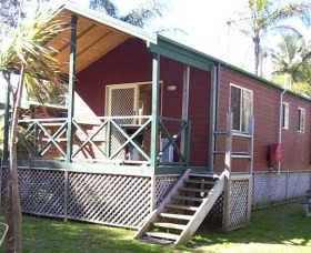 A Paradise Park Cabins - Nambucca Heads Accommodation