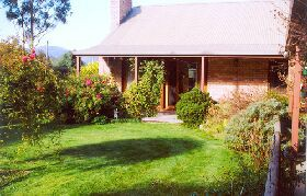 Canowindra Cottage - Nambucca Heads Accommodation