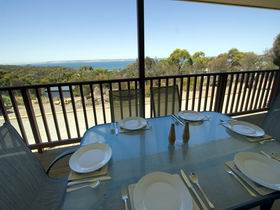 American River Water View Cottage - Nambucca Heads Accommodation