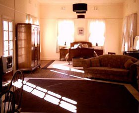 Old Parkes Convent - Nambucca Heads Accommodation