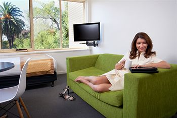 City Edge Serviced Apartments East Melbourne - Nambucca Heads Accommodation