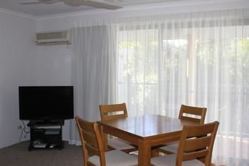 Chez Noosa Resort Motel - Nambucca Heads Accommodation