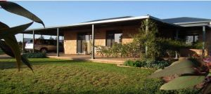 Welcome Cottage Executive Serviced Accommodation - Nambucca Heads Accommodation