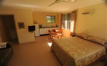 Ned's Bed Horse and Dog-Otel - Clybucca - Nambucca Heads Accommodation