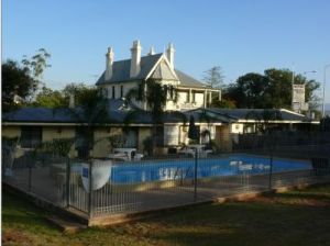Airlie House Motor Inn - Nambucca Heads Accommodation