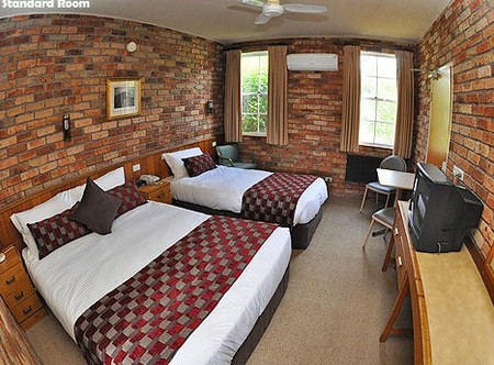 Log Cabin - Nambucca Heads Accommodation