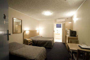 Dorset Gardens Hotel - Nambucca Heads Accommodation
