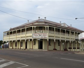 Royal Private Hotel - Nambucca Heads Accommodation