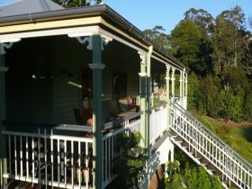 The Sanctuary Springbrook. Guest House / Cottage - Nambucca Heads Accommodation