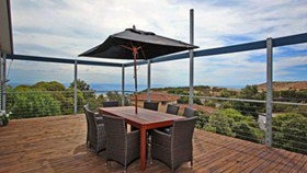 Coral Sands Seaview Beach House - Nambucca Heads Accommodation