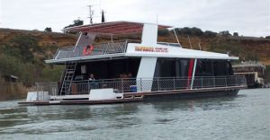 Takeme2 Houseboat - Nambucca Heads Accommodation