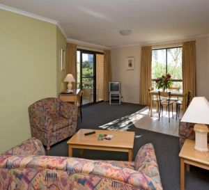 Kingston Court Serviced Apartments - Nambucca Heads Accommodation