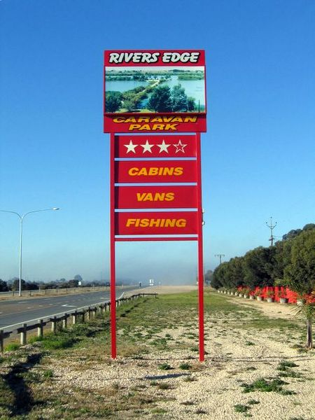 Rivers Edge Caravan Park - Nambucca Heads Accommodation
