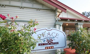 Peace By The River Homestay - Nambucca Heads Accommodation