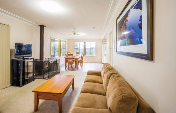 Lavender Vale Cottage - Nambucca Heads Accommodation