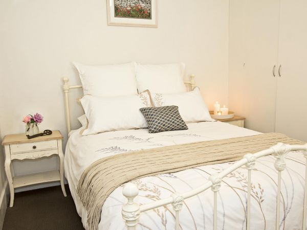 Queen's Cottage Barossa Valley - Nambucca Heads Accommodation