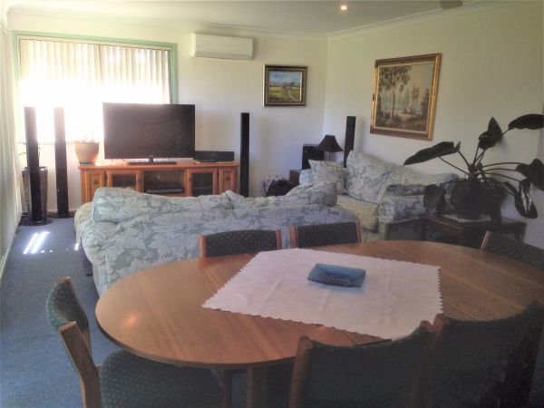 Waratah Cottage - Nambucca Heads Accommodation