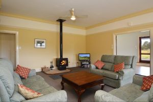 Grasmere Estate Homestead - Nambucca Heads Accommodation