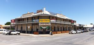 Minlaton Hotel - Nambucca Heads Accommodation