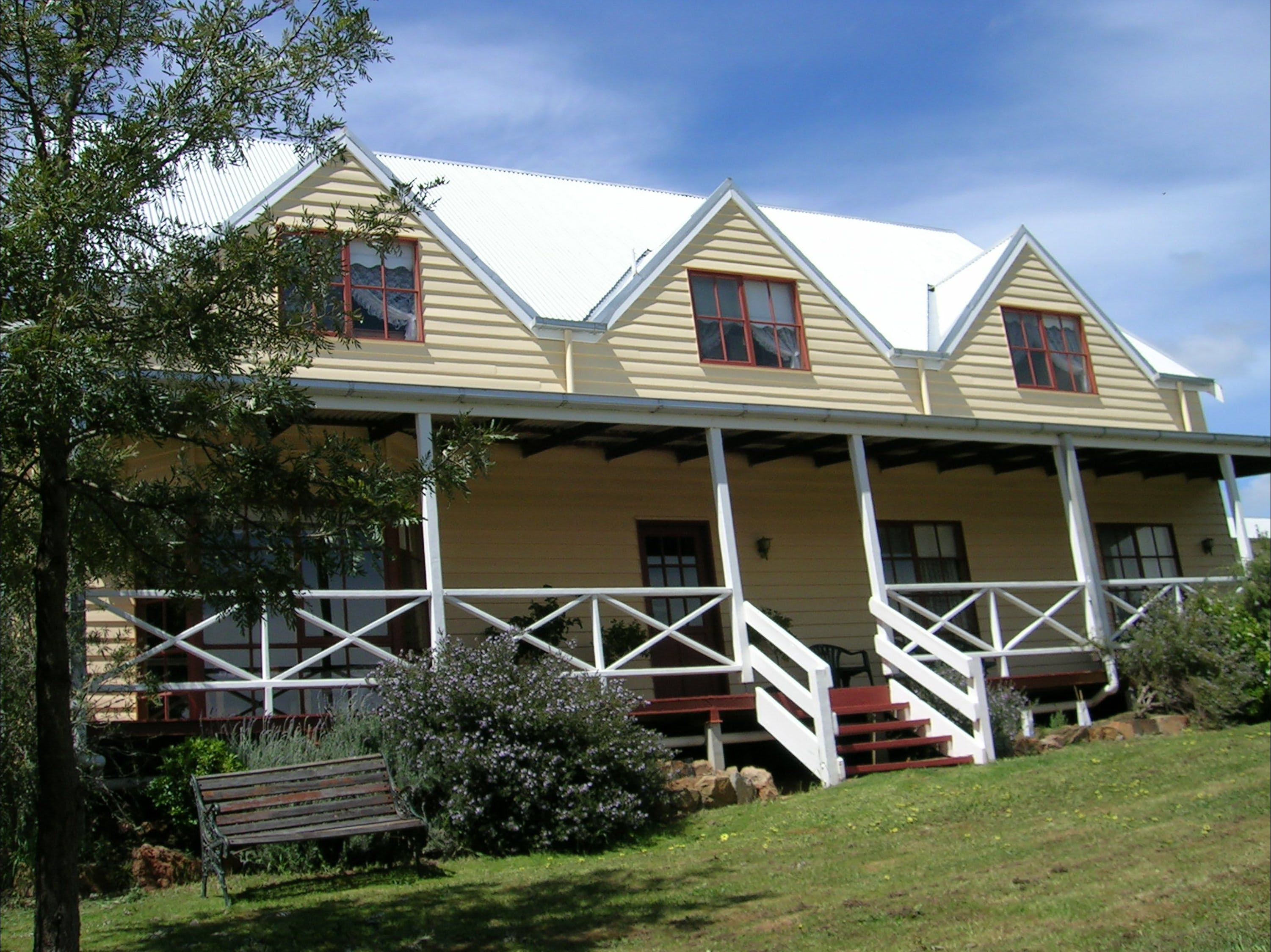 Celestine House - Nambucca Heads Accommodation