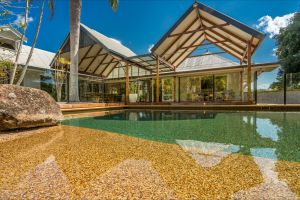 Rockinghorse House - Nambucca Heads Accommodation