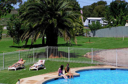 Swan Hill Holiday Park - Nambucca Heads Accommodation