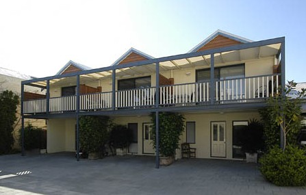 Freo Mews Executive Apartments - Nambucca Heads Accommodation
