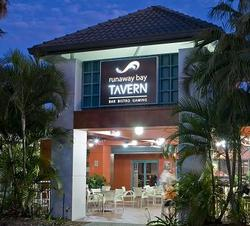 Runaway Bay Tavern - Nambucca Heads Accommodation
