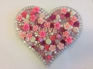 Flowers and Bling Mosaic Class for Kids - Nambucca Heads Accommodation