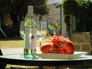 Lazy Lobster Holiday Units  Chalets - Nambucca Heads Accommodation