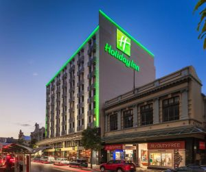 Holiday Inn Perth City Centre - Nambucca Heads Accommodation