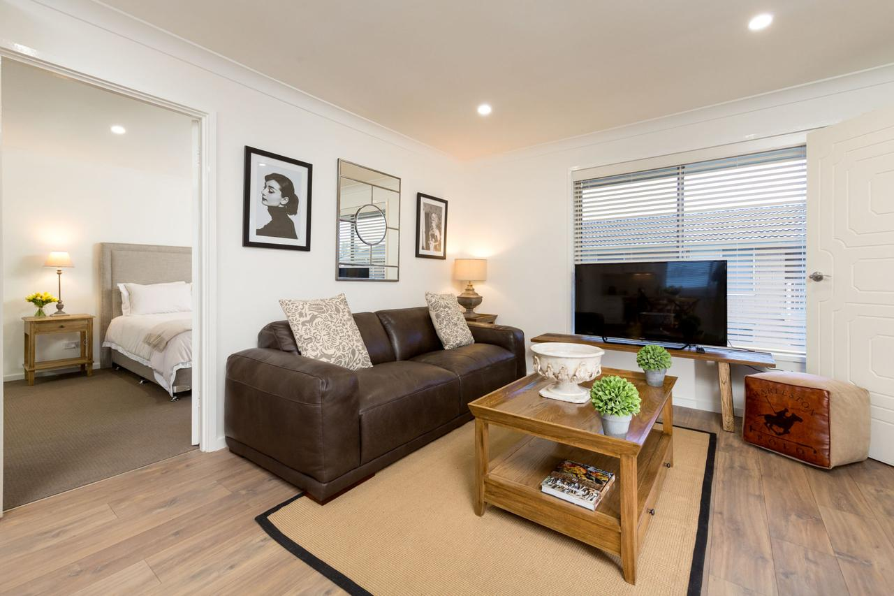 Sleeping in Style - Central  Sophisticated - Nambucca Heads Accommodation