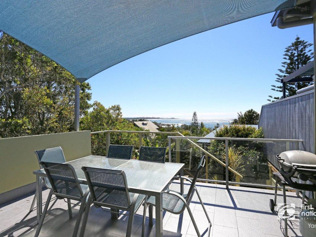Angourie Blue 1 - Great Ocean Views - Surfing beaches - Nambucca Heads Accommodation