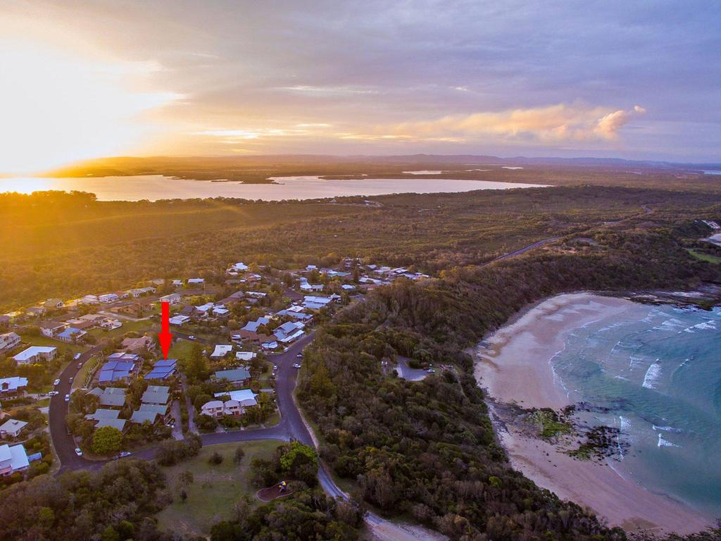 Angourie Blue 7- stroll to surfing beaches. - Nambucca Heads Accommodation